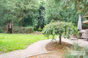 Yew Tree Way Coddington