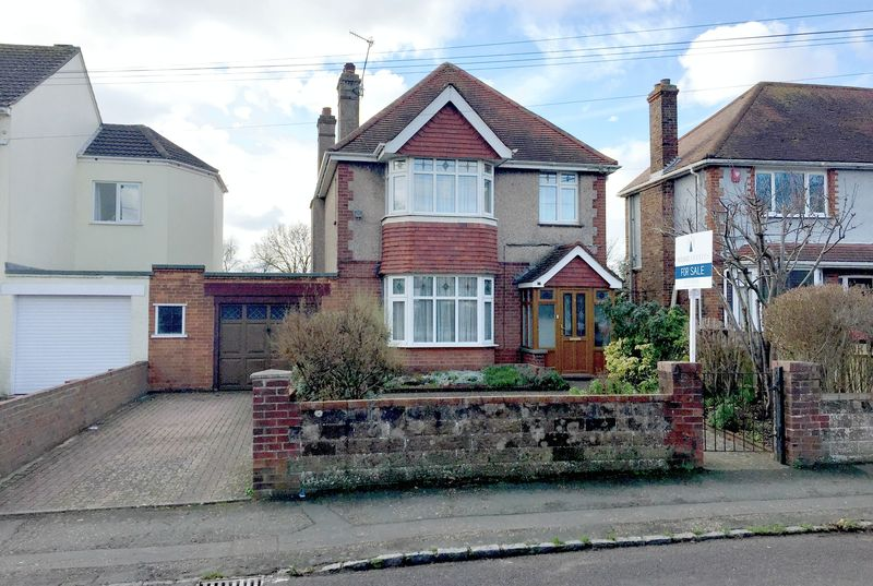 Cross Road Southwick