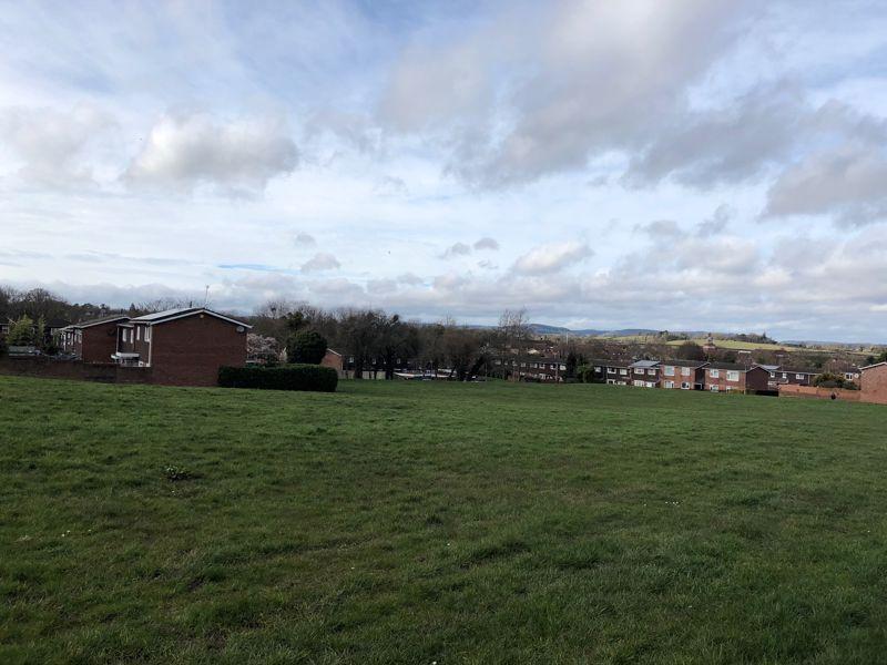Muir Close Newton Farm