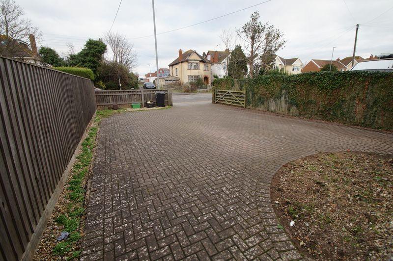 Berrow Road