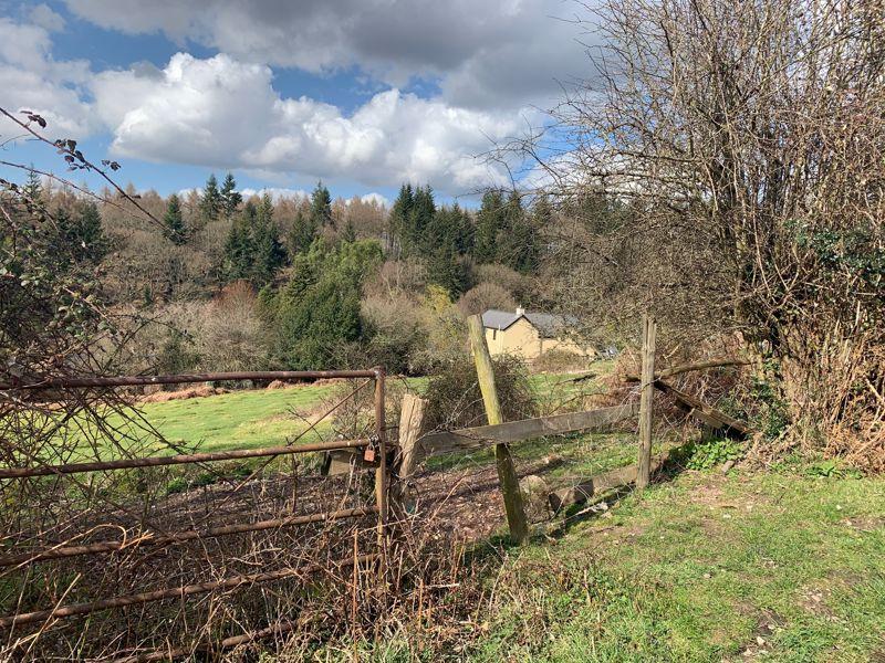 Link Road, off Upper Road Pillowell