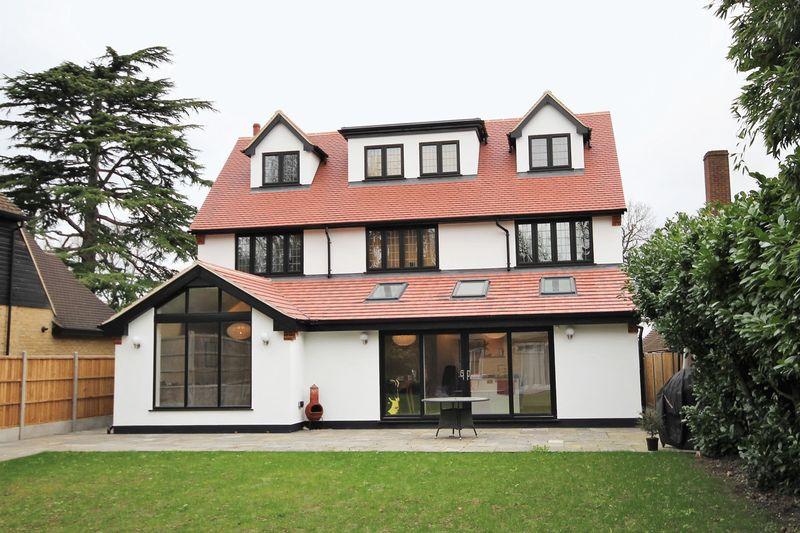Cliveden Close Shenfield
