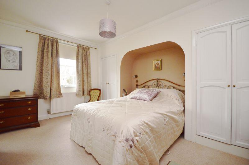 27 Aylestone Hill
