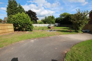 Holbrook Close Hampton Park