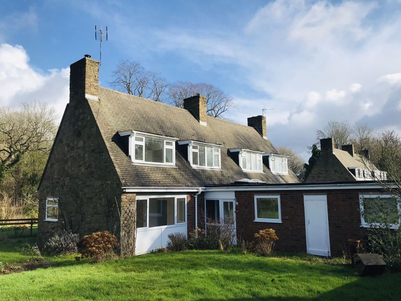 Drive Cottages Lower Eggleton