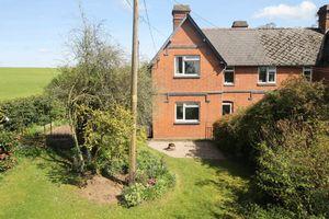Lower Mitchells Cottages Lower Eggleton