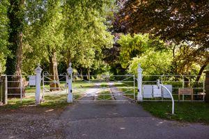 Hermitage Lane