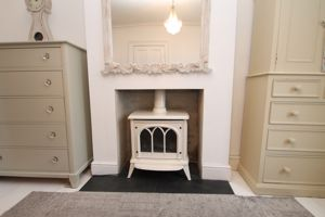 Feature fireplace (electric stove inset)