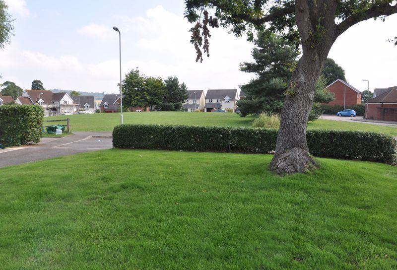 Oak Tree Close Broadclyst