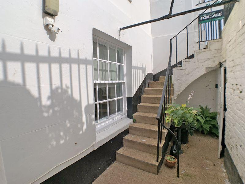 2 Fortfield Terrace