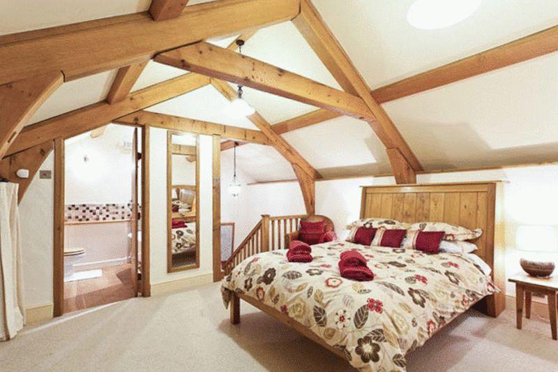 Widecombe Cottage Bedroom