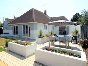 Chalet Close Ferring