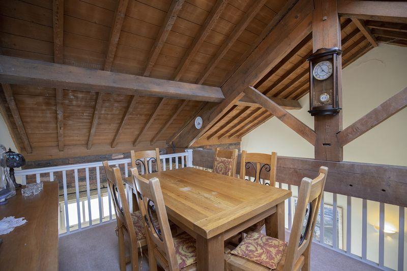Mezzanine Dining Room