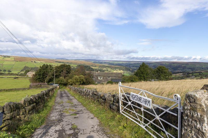 Gate & Lane