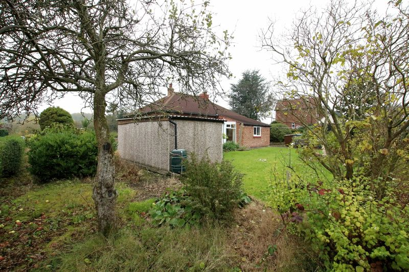 Wedgwood Lane Gillow Heath
