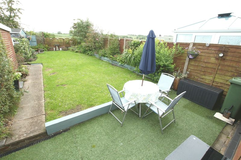 Rear Garden & Field Views