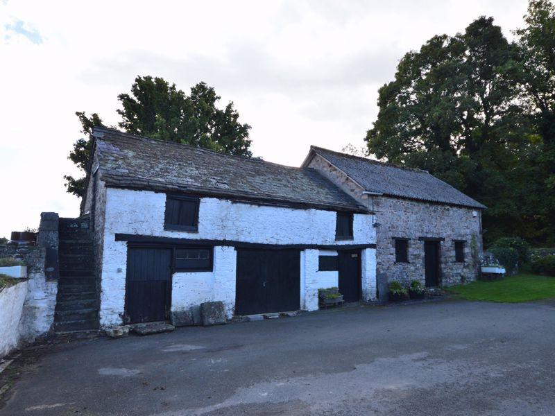 Ty Mawr Road Gilwern