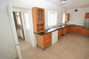 Usk View Govilon