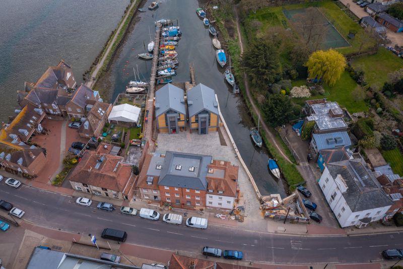 Dolphin Quay, Queen Street