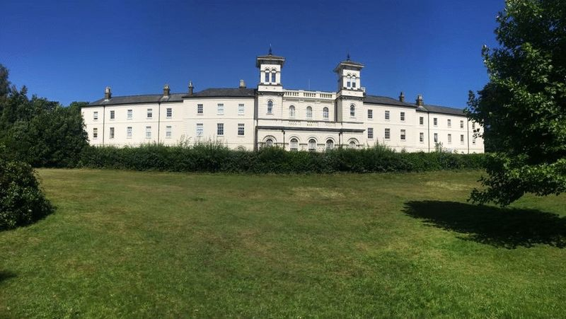 Nightingale Walk Netley Abbey