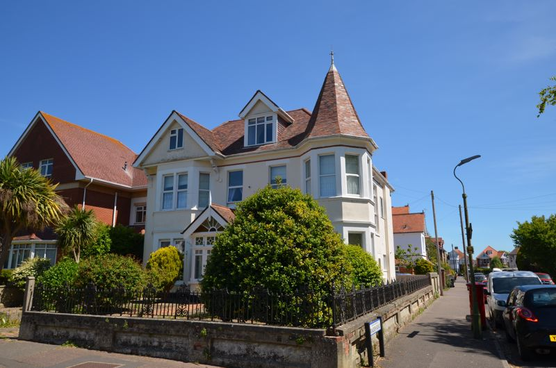 Grand Avenue Southbourne
