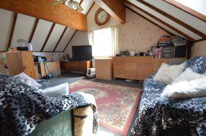 Mezzanine sitting room