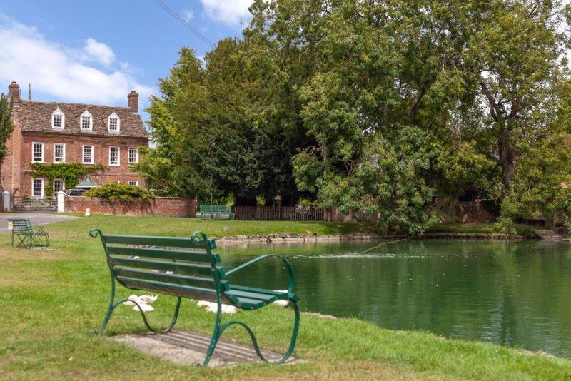 Manor Farmyard Urchfont