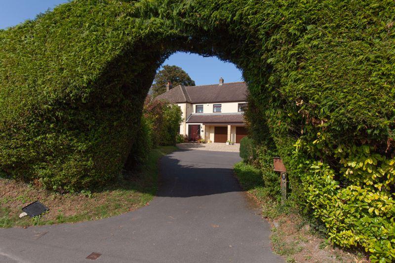 The Street Cherhill