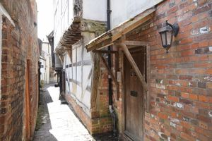 4 St Johns Alley