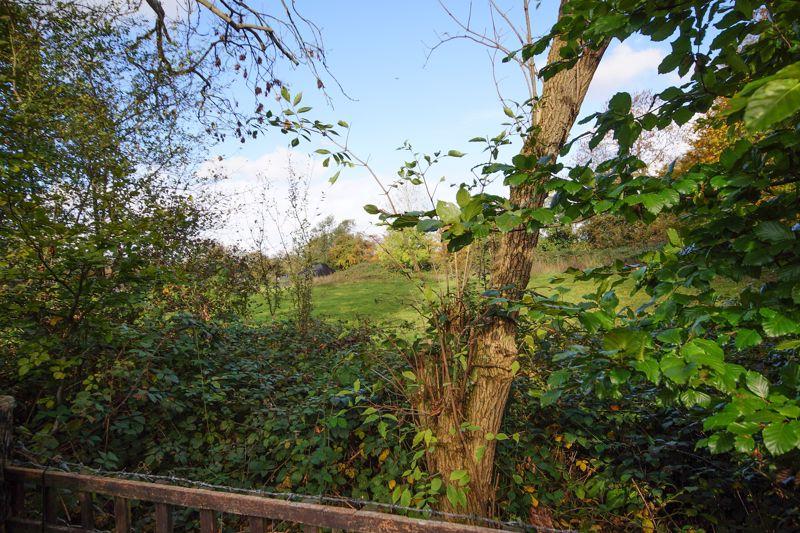 Lowlands Crescent