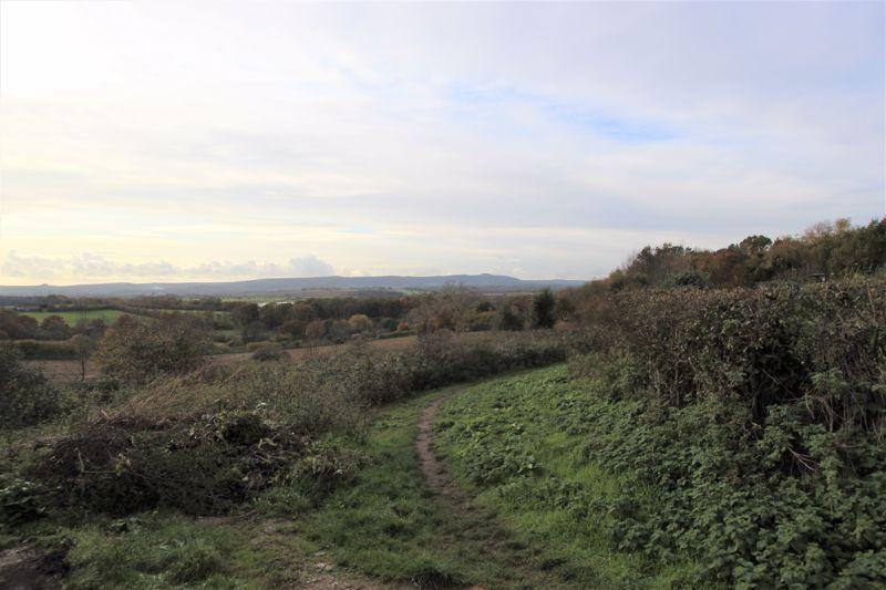 Weavers Lane