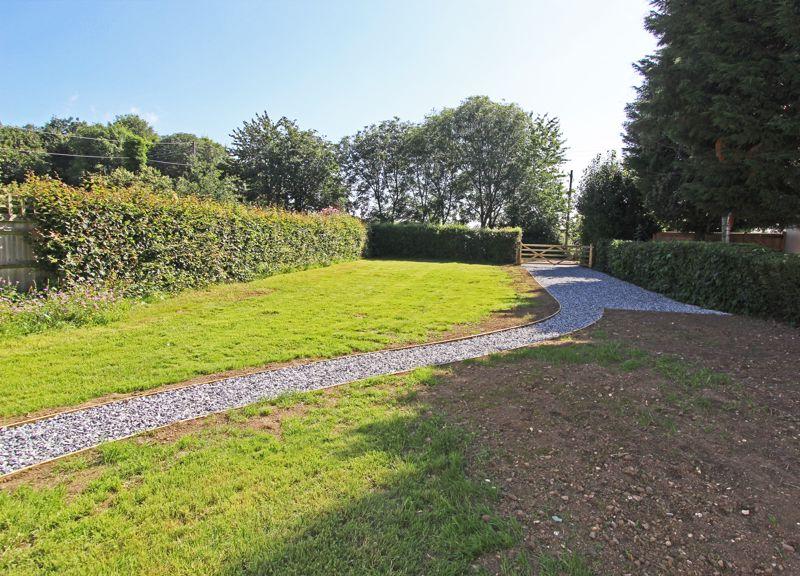 Lock Estate, Lock Lane