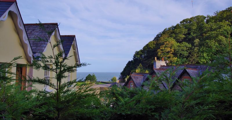 Summerhouse Path