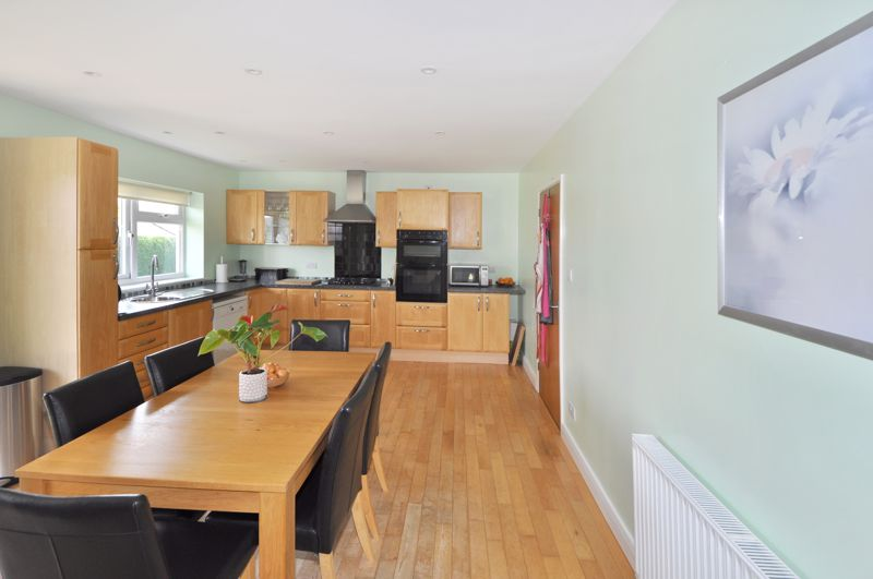 Langaller Close Bovey Tracey