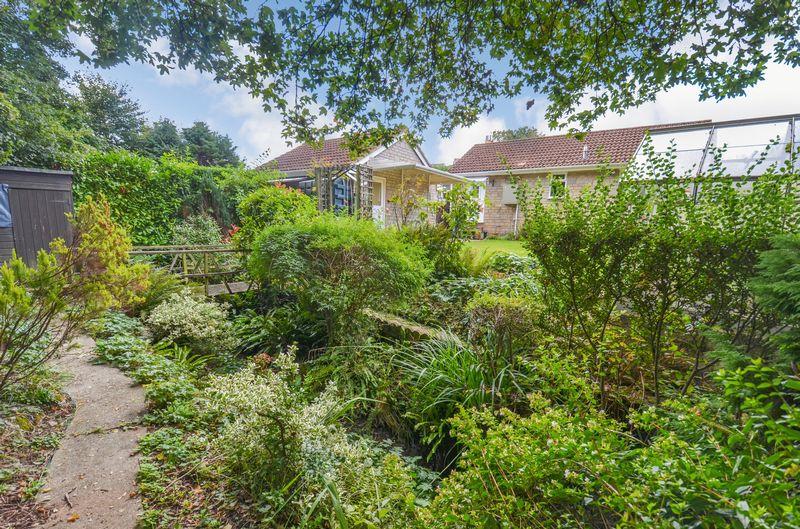 Tor Gardens Ogwell