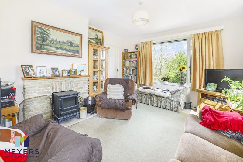 3 Frome View Bradford Peverell