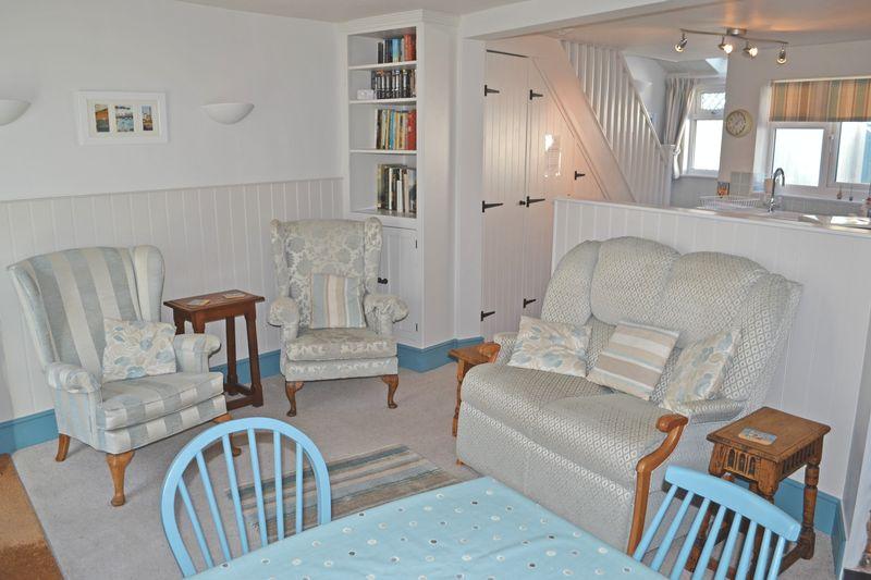 4 Russell Street