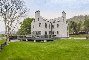 Arbor House, Glen Duff Lezayre