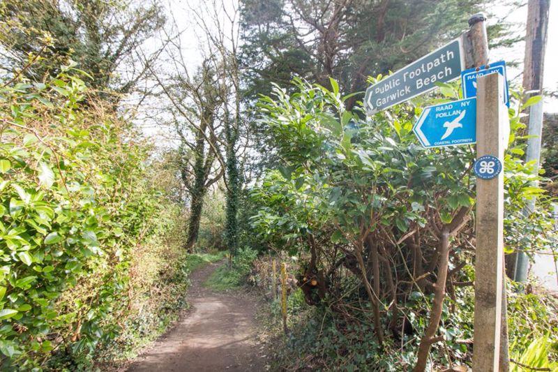 Ardmay, Clay Head Road