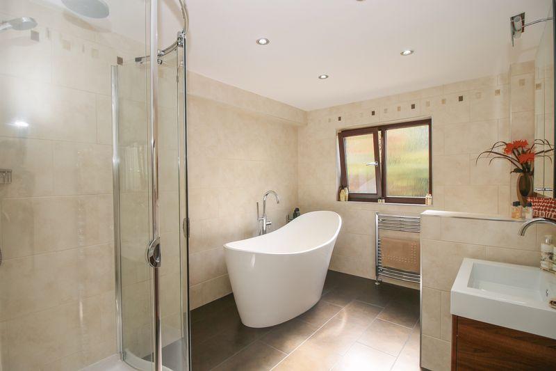 Family Bathroom - 14' 0'' x 7' 10'' (4.26m x 2.39m