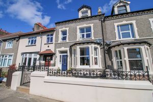 Creg Malin, 5 Hilary Road