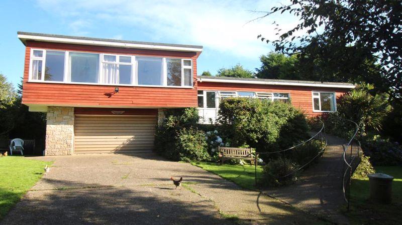 Curragh House, Lhoobs Road Eairy