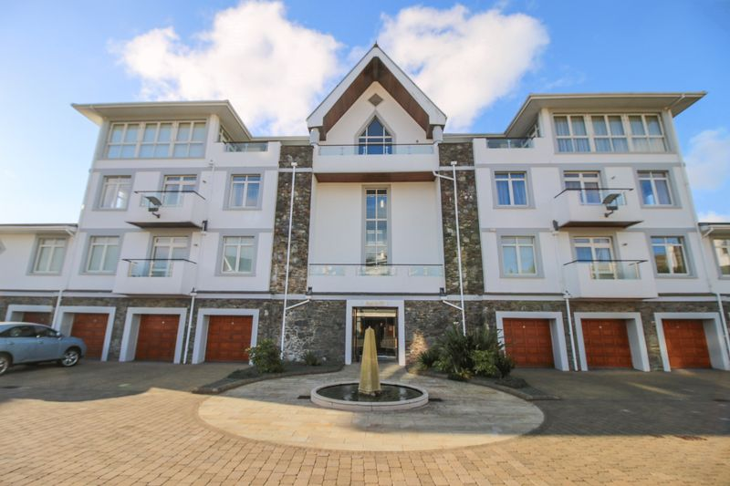 17 Majestic Apartments King Edward Road