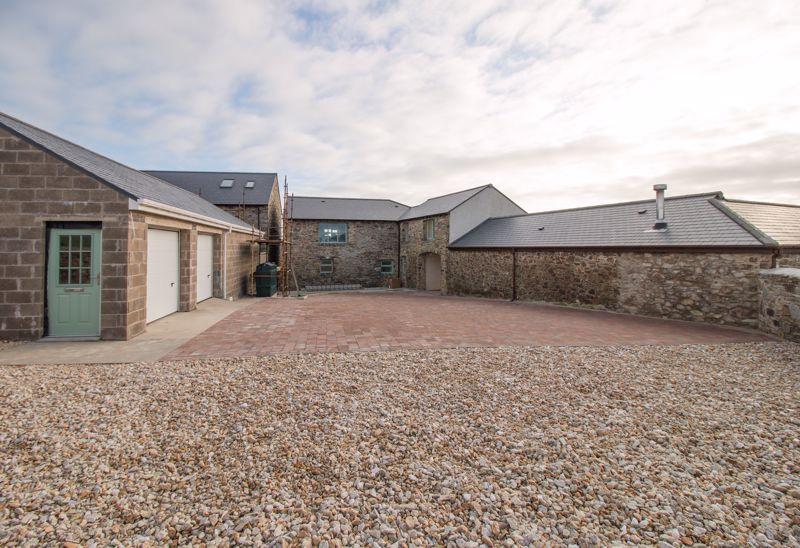 No.3 Balnahow Farm & Barns