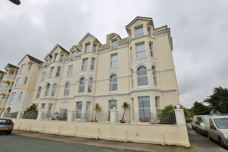 22 The Fountains, Ballure Promenade