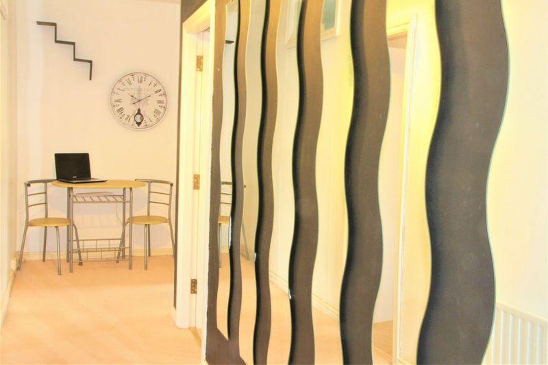 Apartment 9, Angel Court