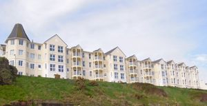 15 The Fountains, Ballure Promenade