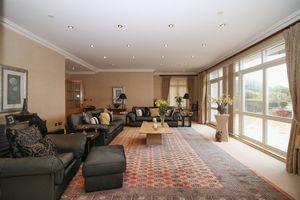 25 Majestic Apartments, King Edward Road