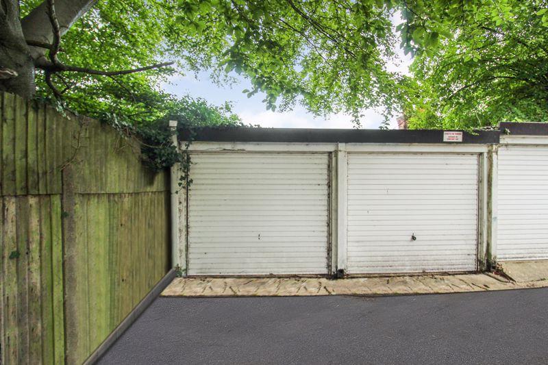 Brecon Close Garage