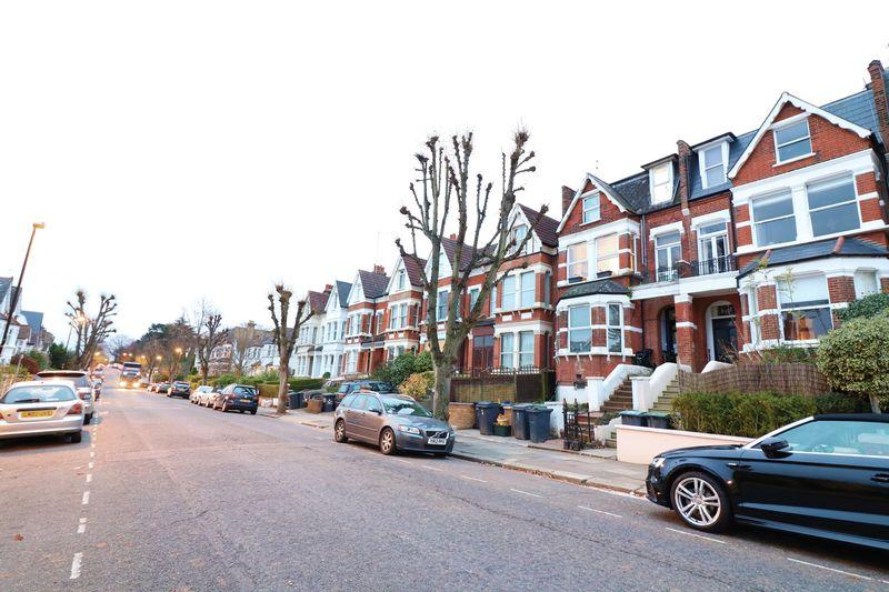 Alexandra Park Road
